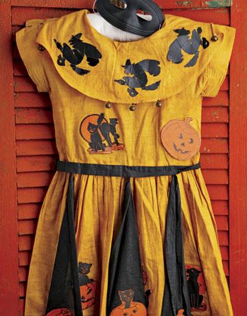 CLX1007Halloween0032-de & Cracker Barrel costumes |
